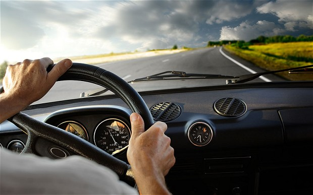 Khách hàng nào nên lựa chọn dịch vụ thuê xe theo tháng?