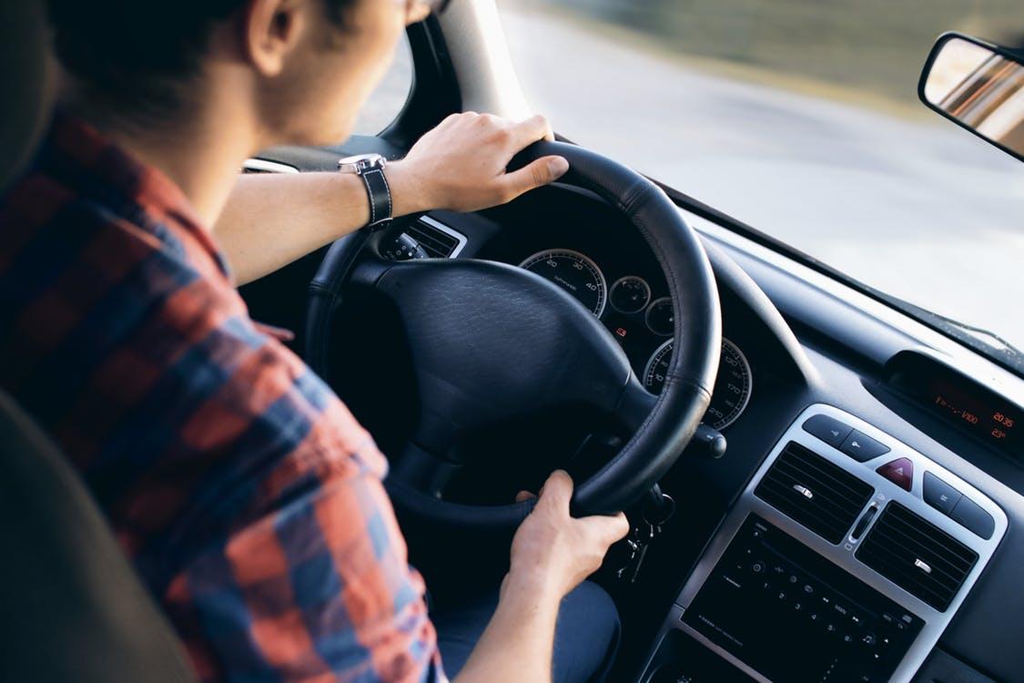Đến thuexehcm.vn để chọn ngay dịch vụ thuê xe tháng tự lái ưng ý