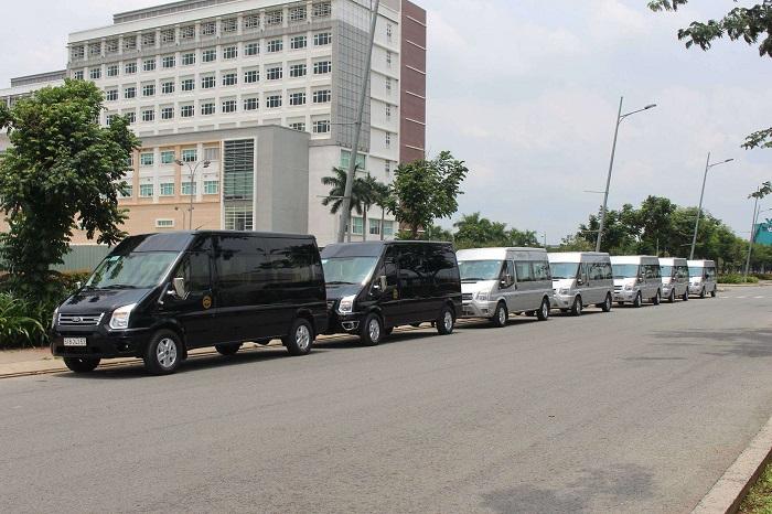 Thuê xe limousine 16 chỗ tại thuexehcm-Sự lựa chọn hàng đầu dành cho bạn