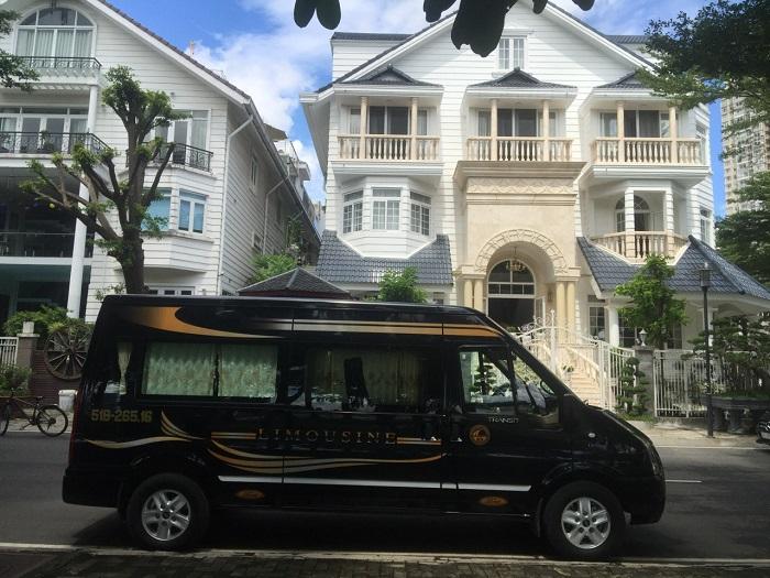 Kinh nghiệm thuê xe limousine 16 chỗ giá rẻ