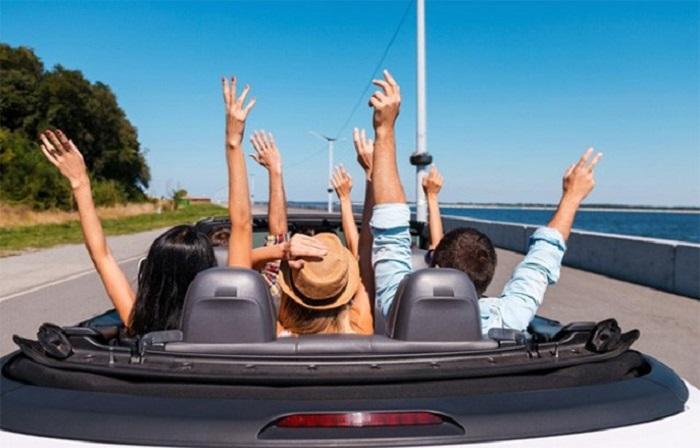 Chọn tài xế khi thuê xe du lịch gia đình