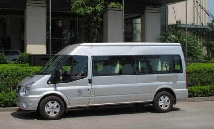 Thuexehcm- Cho thuê xe du lịch 16 chỗ lấy chữ TÂM làm đầu để phục vụ