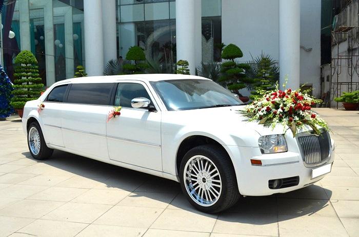 Tùy vào từng loại xe cưới mà có mức giá khác nhau khi cho thuê