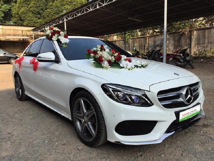 Cung cấp xe Mercedes cho ngày cưới trọn vẹn hơn